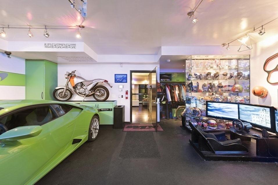 7 Hubert Street, garage, condo