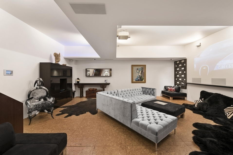 7 Hubert Street, basement, condo