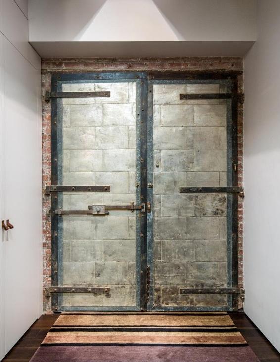 151-hudson-street-door