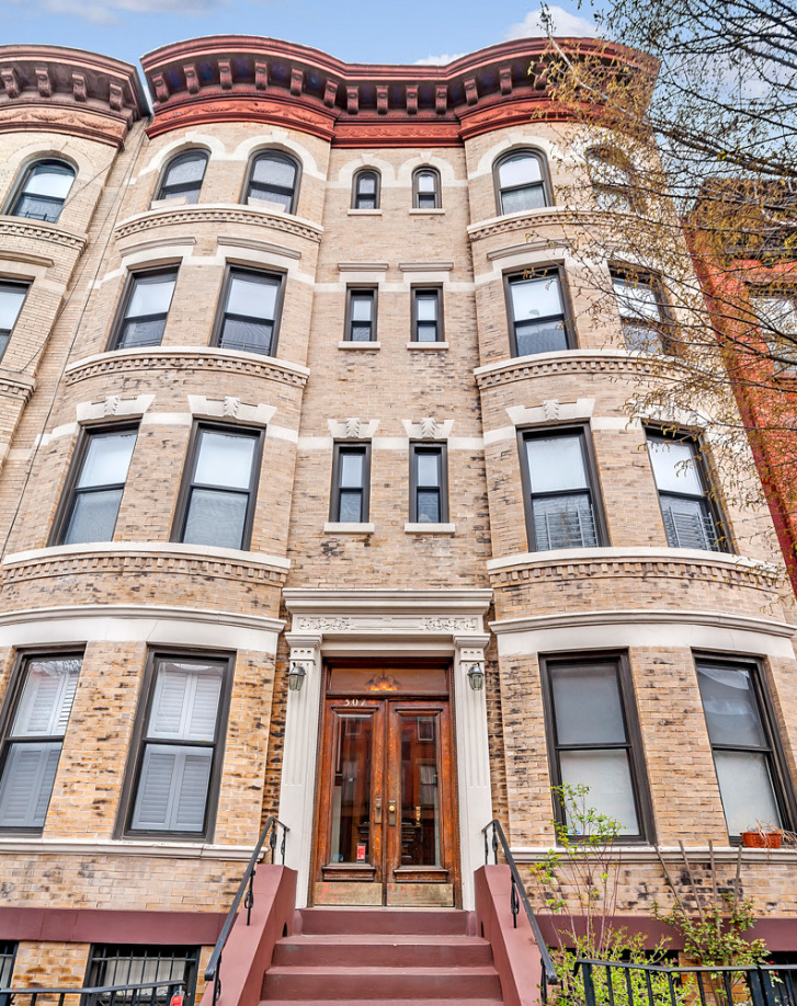 For 920k A Park Slope Floor Through With Old World