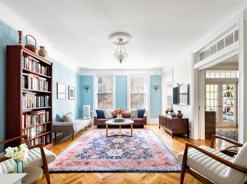 Living Room 86th Street Brooklyn Ny there's room for the whole crew in this pretty brooklyn heights co