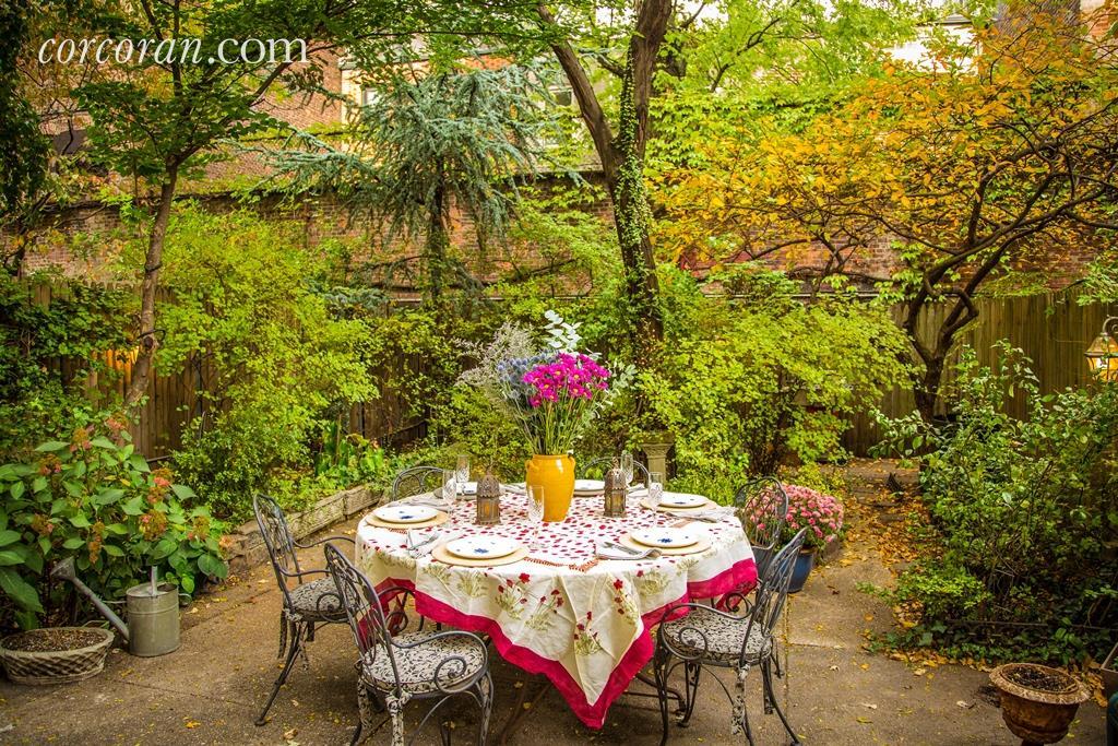 29 king street, garden, outdoor space, condo, soho