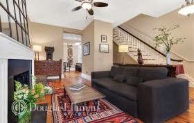 312 East 53rd Street, woodrame home, living room, turtle bay