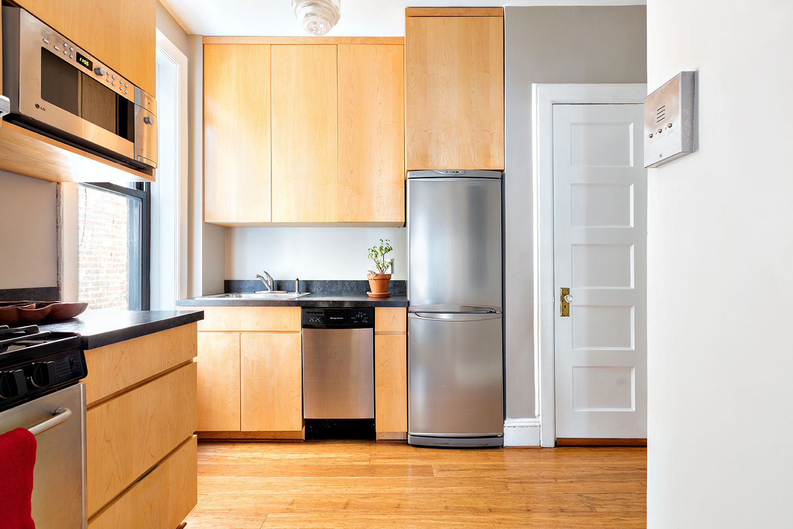 368 State Street, cool listings, boerum hill, brooklyn co-op for sale, brooklyn