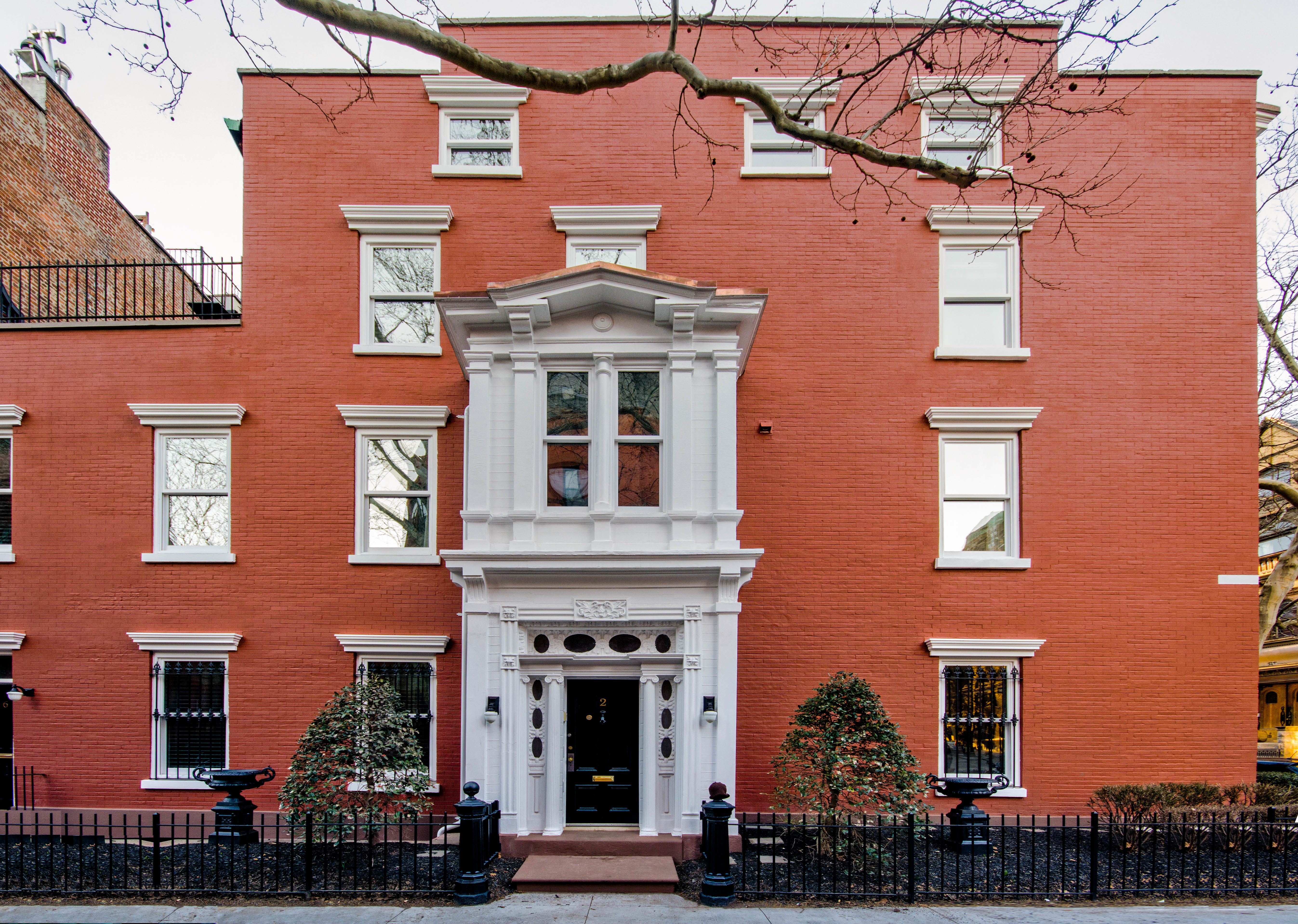 2 sidney place, facade, brooklyn heights, historic townhouse,