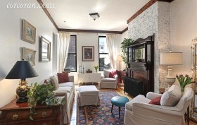 164 Ainslie Street, living room, townhouse, williamsburg