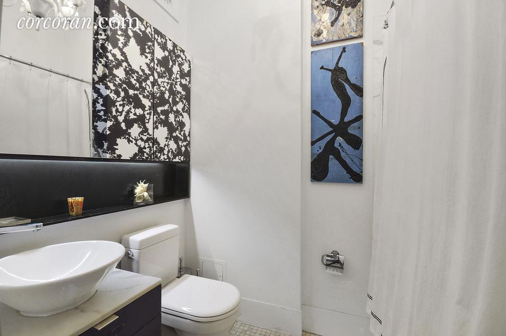 11 West 22nd Street Bath