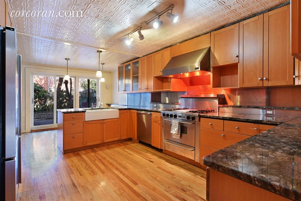 207 lincoln road kitchen
