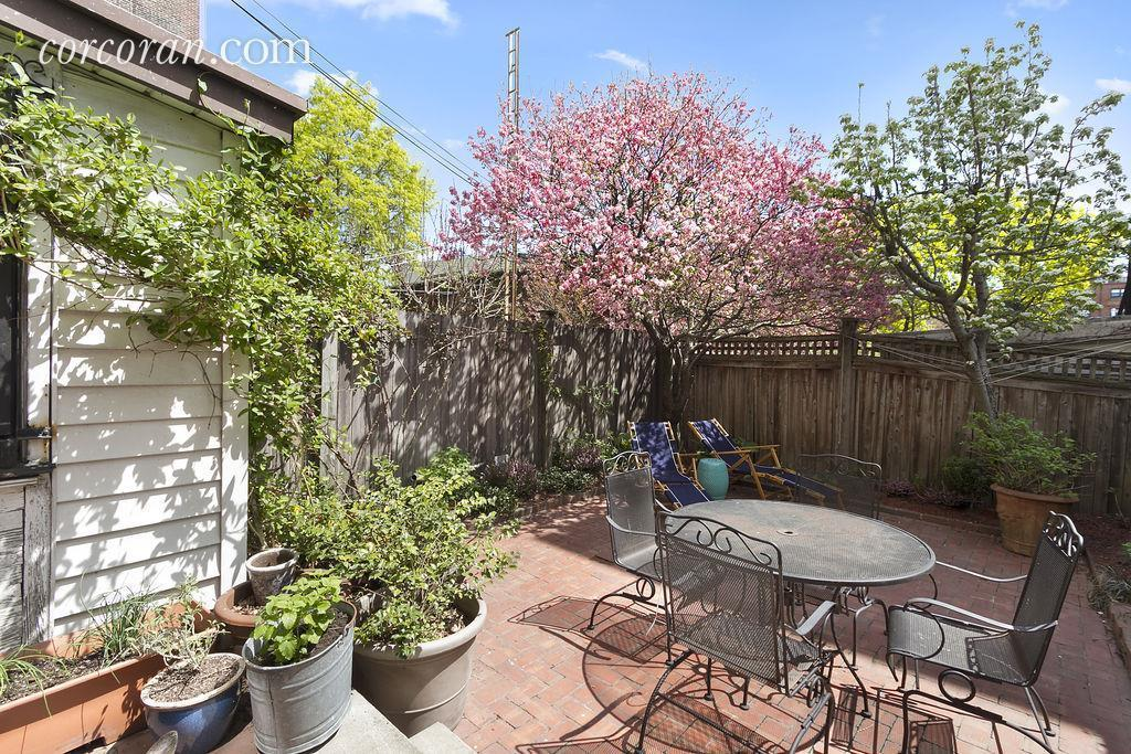 357 Hoyt Street Patio