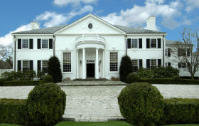 21 Vista Drive, Greenwich Connecticut mansion, Donald Trump mansion, Ivana Trump