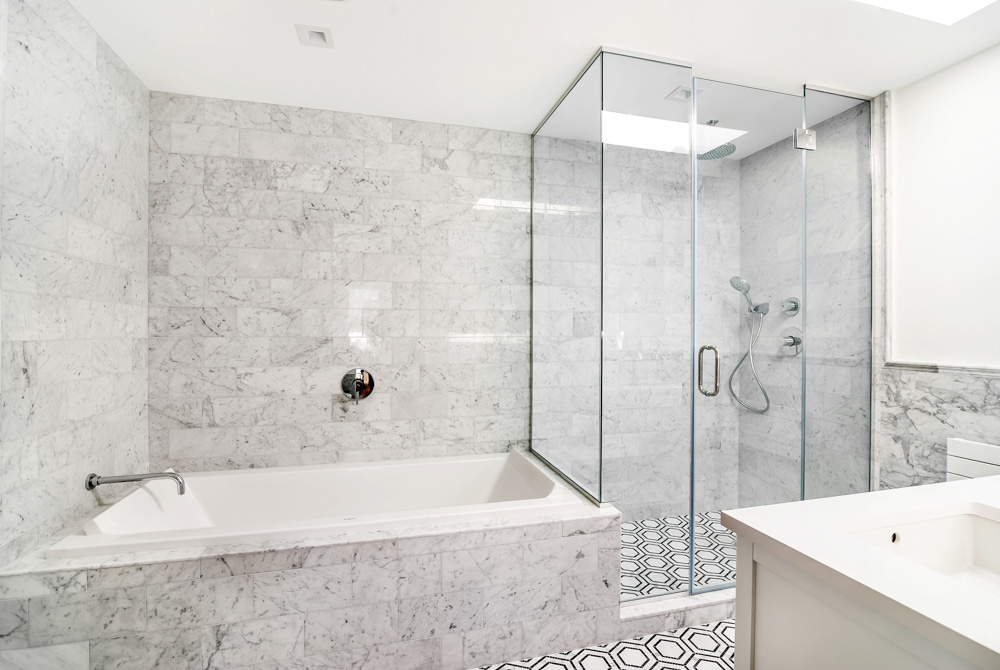 297 16th Street Bath 1