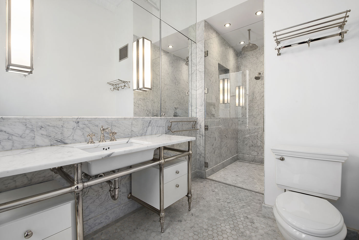 39 Worth Street, Cool Listings, Tribeca, Alexander Wang, Holly Brubach, Lofts, Manhattan Loft for sale