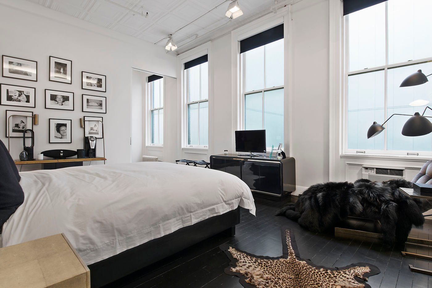 39 Worth Street, Cool Listings, Tribeca, Alexander Wang, Holly Brubach, Lofts, Manhattan Loft for sale