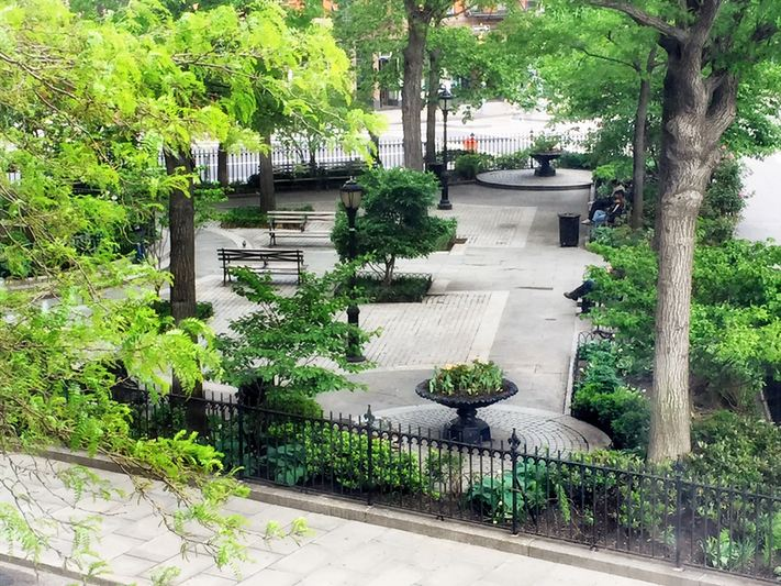 2 horatio street park