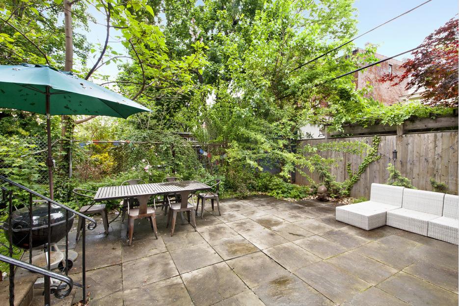 123 cambridge place, clinton hill, frame house, garden, backyard