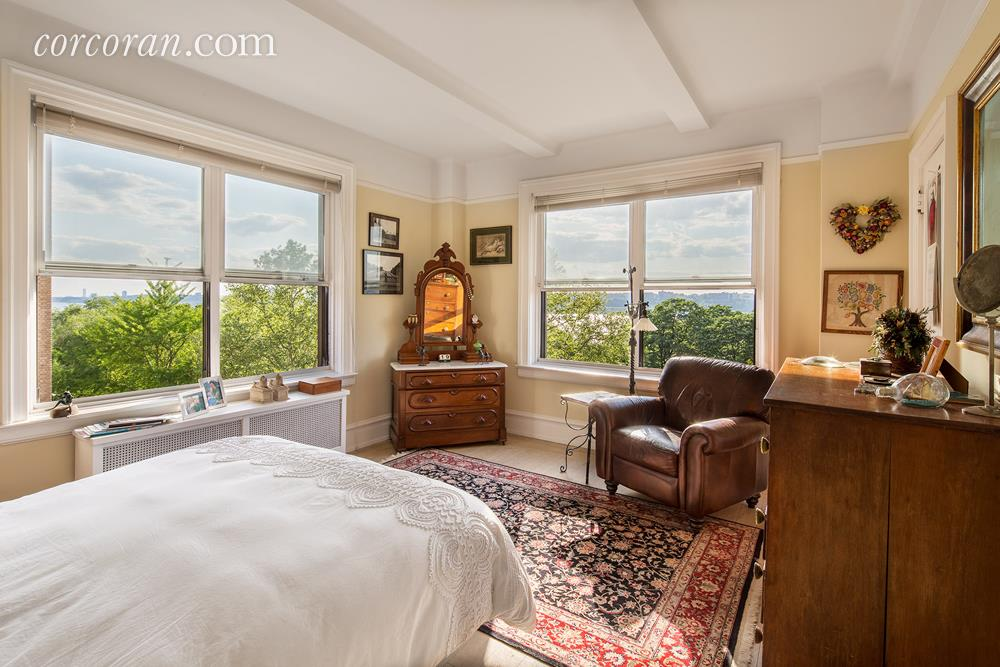 300 Riverside Drive Bedroom 1