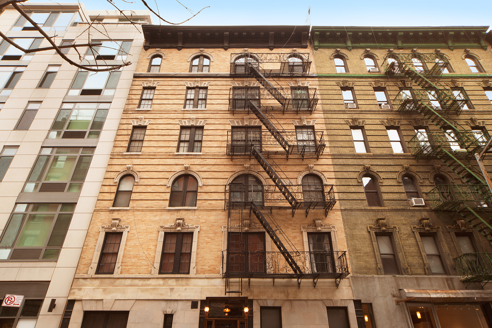 57 Thompson Street, soho, rental, facade