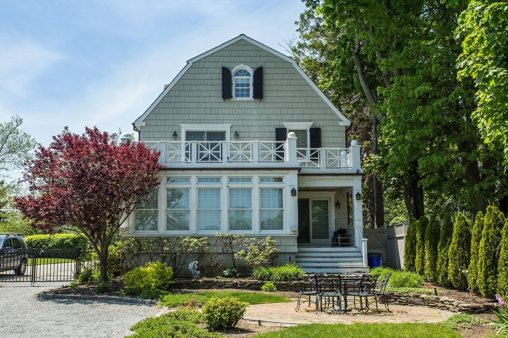 Ocean Avenue Amityville Long Island Ny For Sale