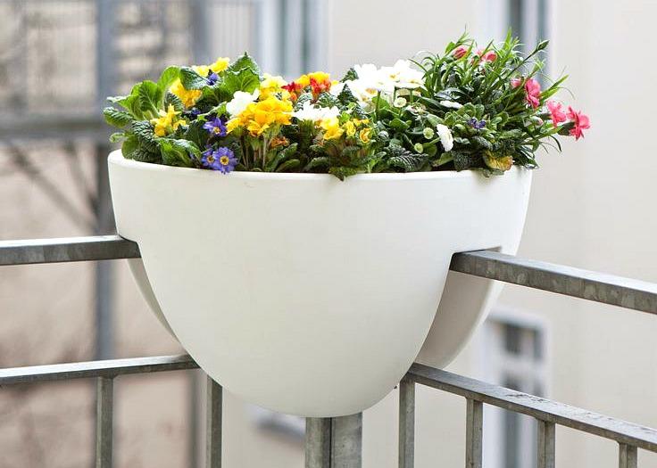 Eckling planter, Michael Hilgers, fire escape furniture, balcony furniture