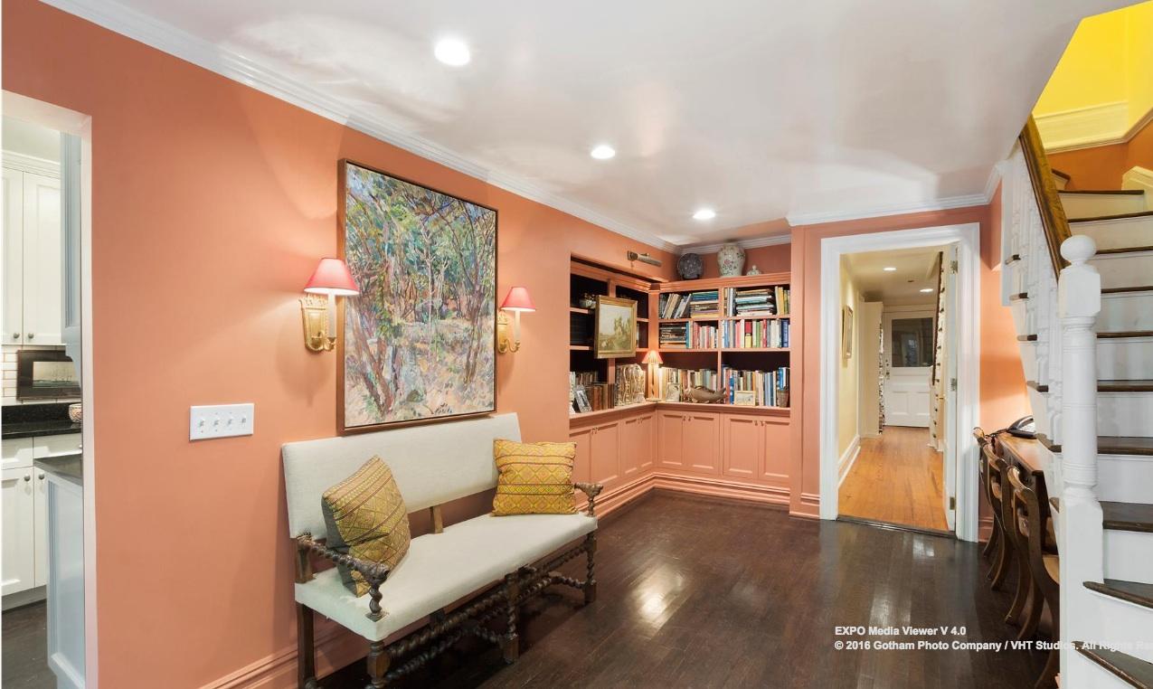 45-10 11th street-foyer