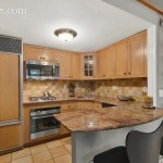61 West 68th Street, Upper West Side, kitchen, co-op, parlor floor