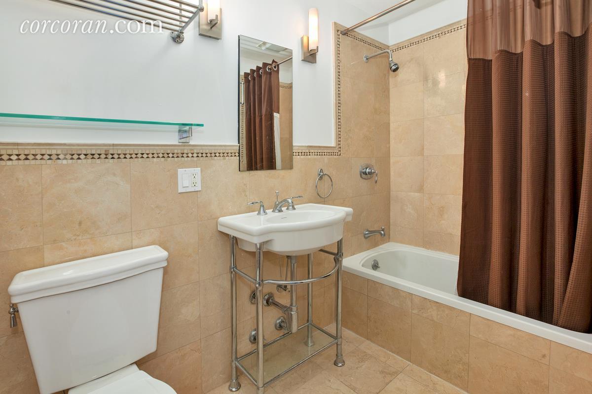 486 Third Street Bath