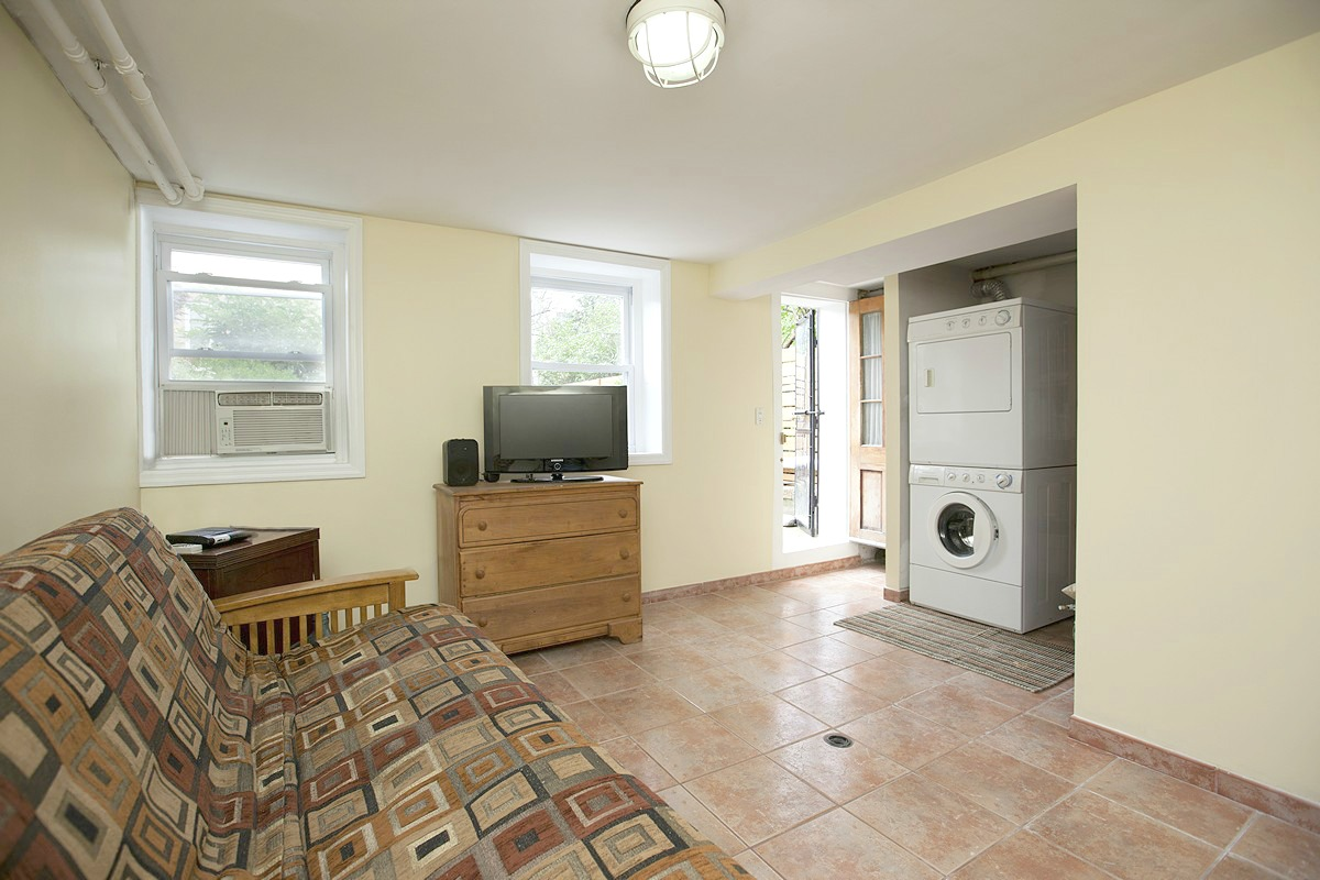 455 37th Street Laundry Room