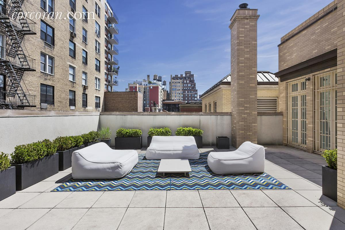 3 East 95th Street, Carhart Mansion, Tamara Mellon, roof deck