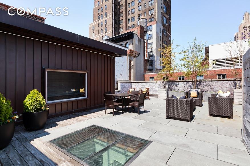 303 Mercer Street Roof Deck Fireplace