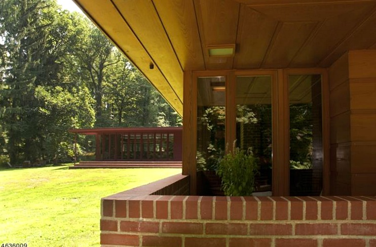 New Jersey S Oldest And Largest Frank Lloyd Wright House