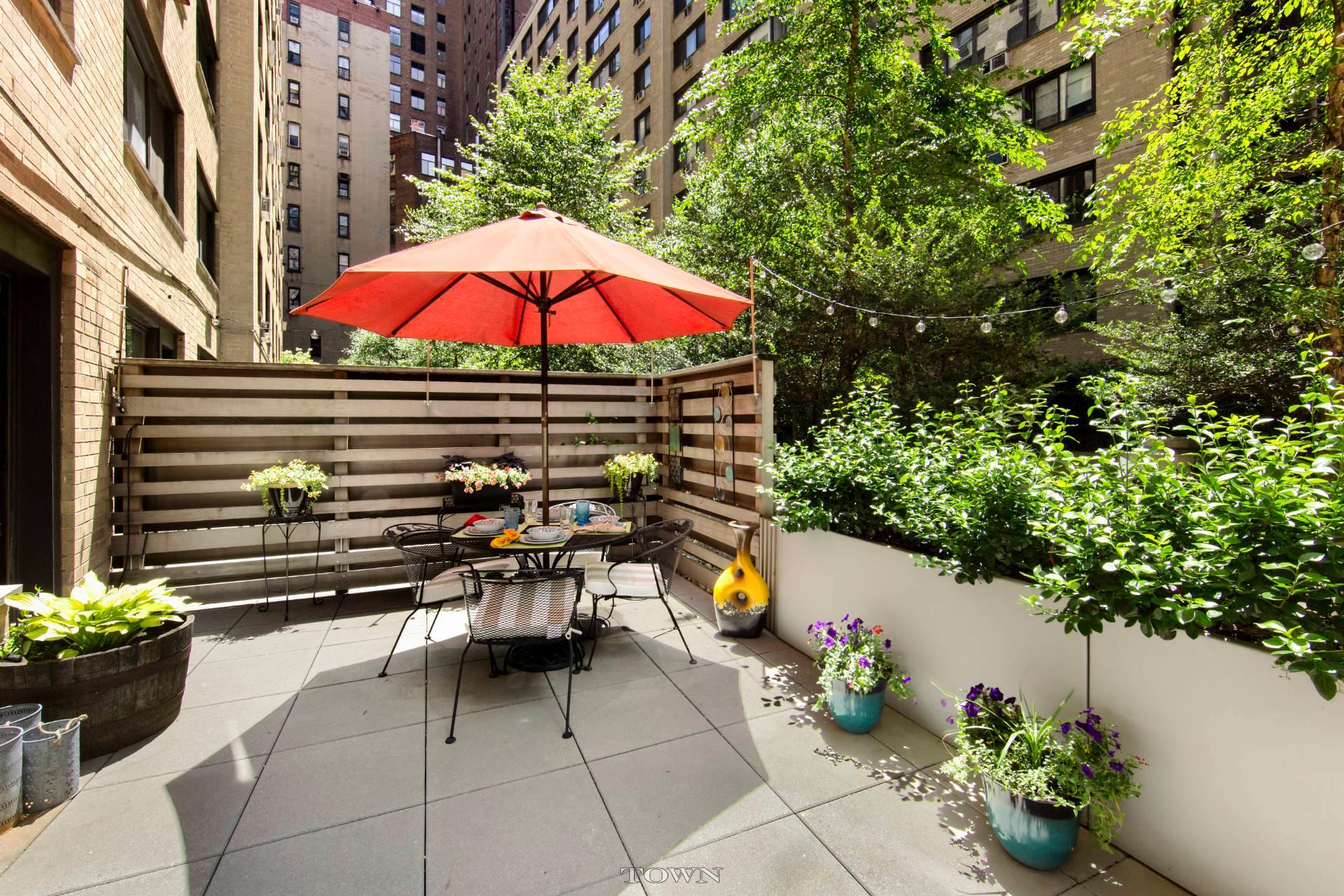 16 West 16th Street Patio