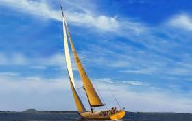 frank gehry yacht