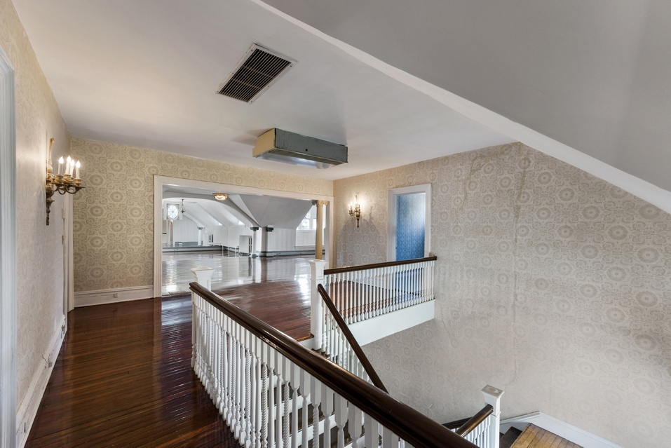 1305 Albermarle Road, Prospect Park South, Michelle Williams, Brooklyn, Brooklyn Townhouse, Historic Home, Townhouses, Record Brooklyn Prices, cool listings