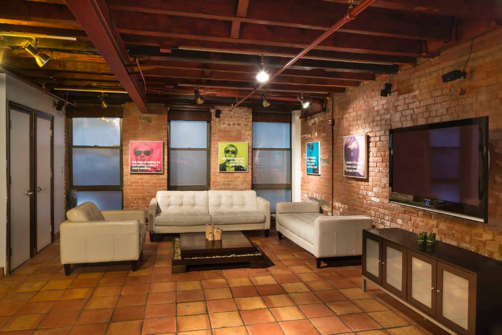 554 Broome Street, Arturo Di Modica, Wall Street Bull, Ferrari Apartment, Roffredo Gaetani, Soho, loft, live work, Olive Press, bachelor pad, Soho condo for sale,