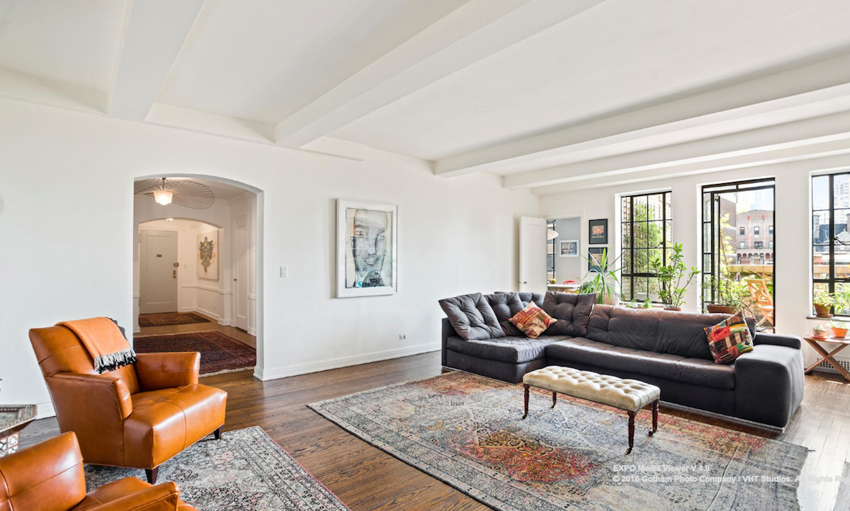 Find prewar manhattan glamor in modern midtown for 10k a for Buy apartment in manhattan