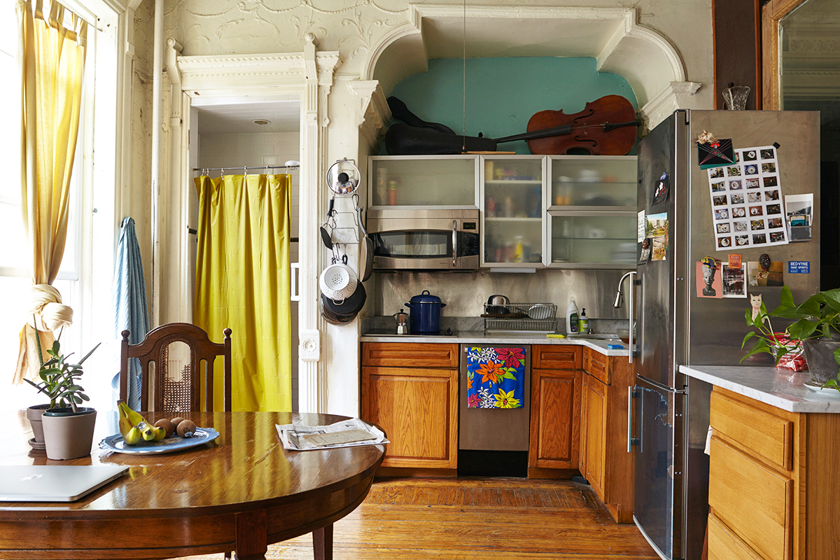 My 700sqft: Tour Two Photographers\' Bed-Stuy Brownstone Home ...