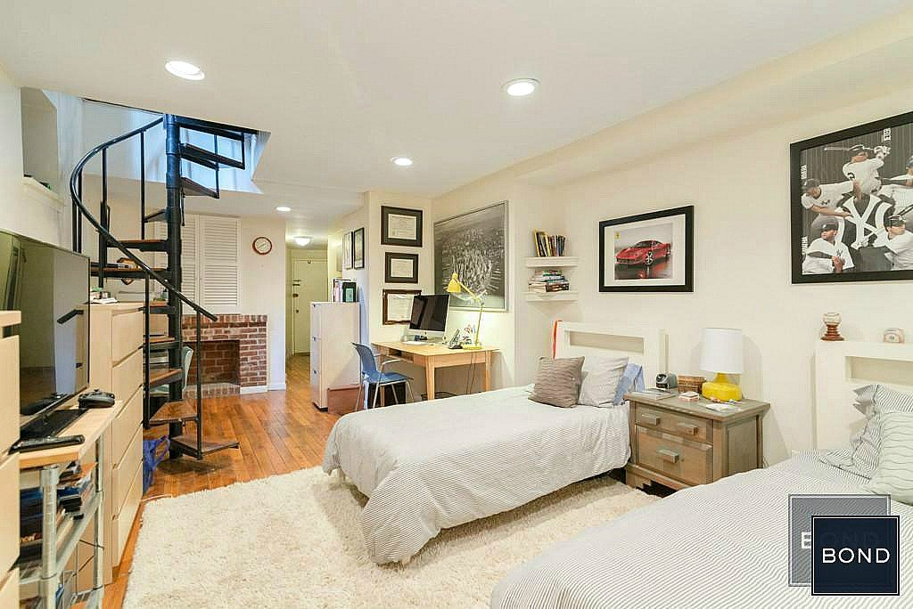 live the upper west side dream in a brownstone apartment