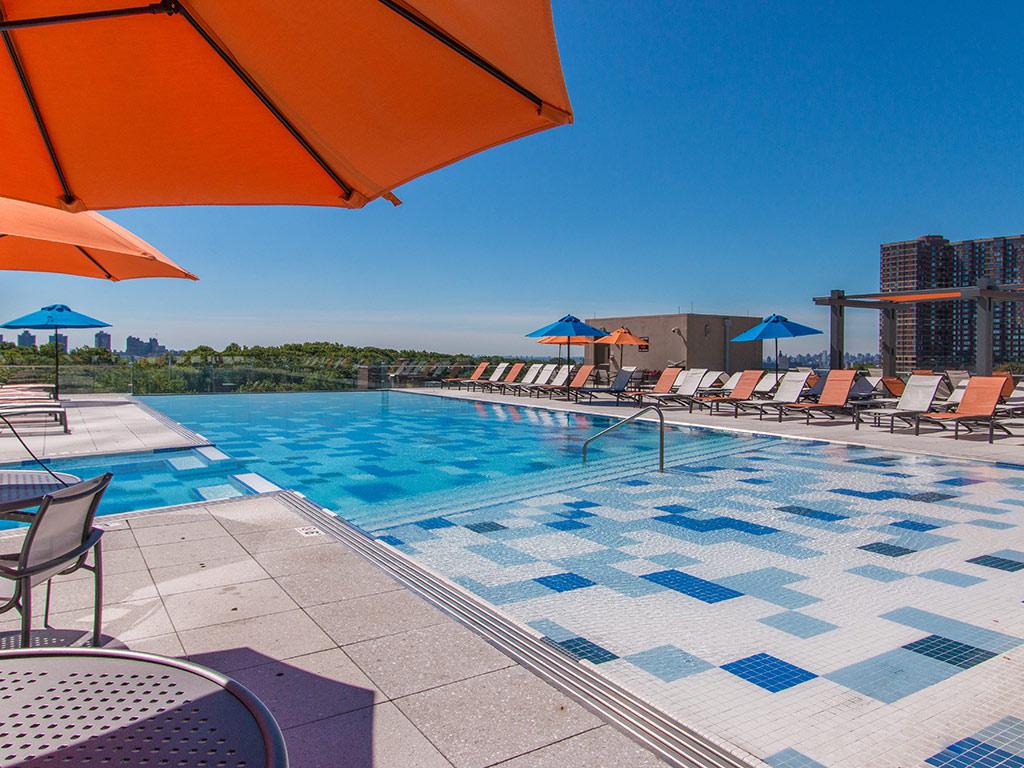 pool-the modern