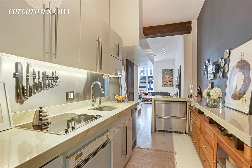23 Waverly place, co-op, studio, loft, greenwich village, kitchen