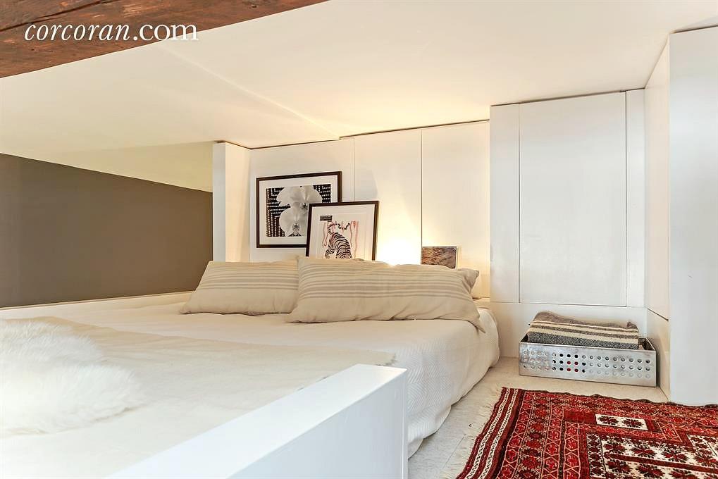23 Waverly place, co-op, studio, loft, greenwich village, bedroom