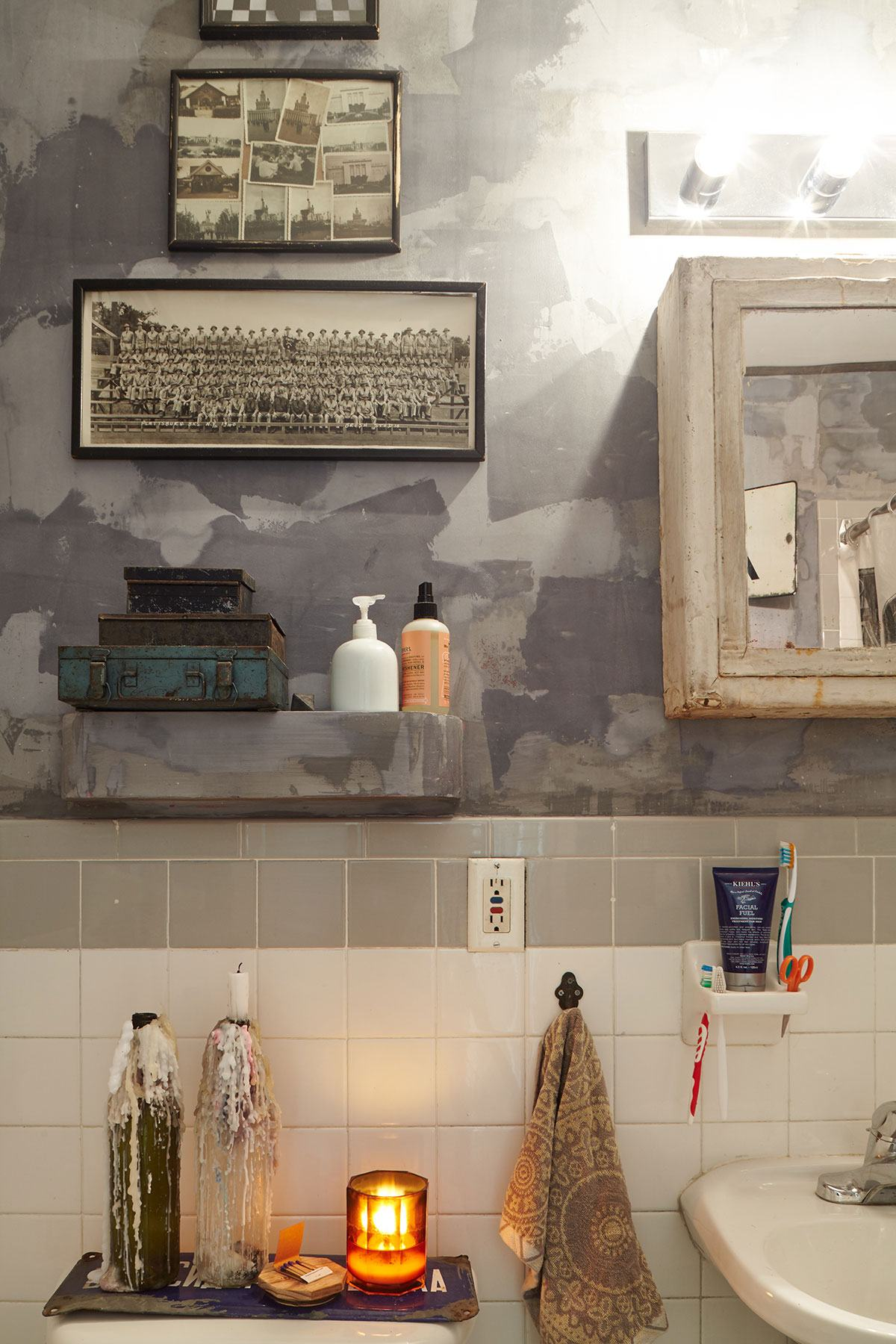 sasha-maslov-brooklyn-navy-yard-loft-bathroom