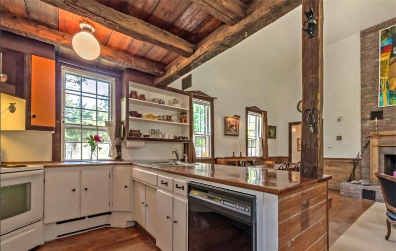 2 Moffat Road, upstate, schoolhouse. kitchen