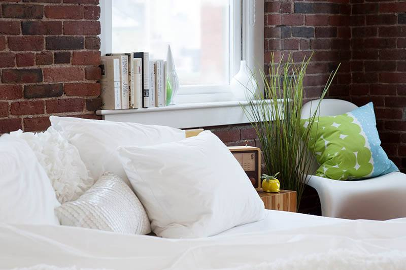 'Laundry-free linens' perfect for super lazy college kids; Red Hook IKEA should adopt China's naptime
