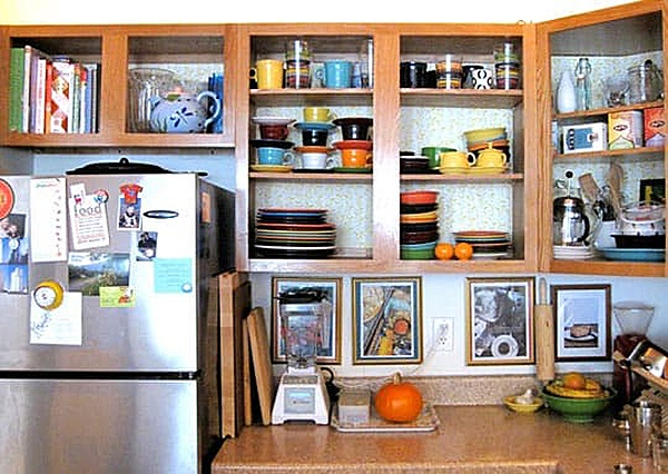 10 easy ways to give your rental kitchen a makeover 6sqft for Off the shelf kitchen units