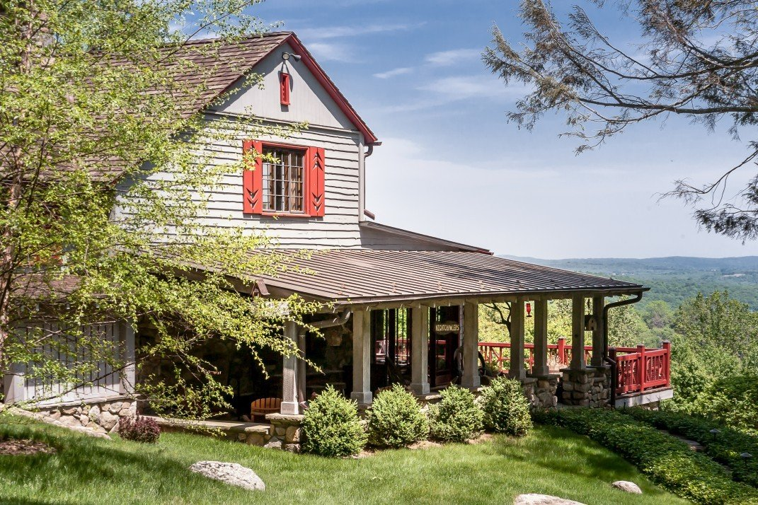 Upstate Adirondack Style Cabin Is Both Rustic And Charming
