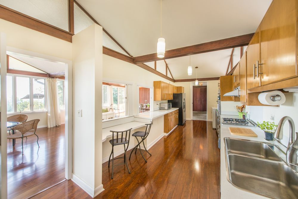 $1.3M mid-century-modern home in NJ has Eichler lines and ...