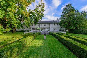 121 Further Lane, Reed Krakoff, Lasata, Jackie O summer home, Hamptons celebrities