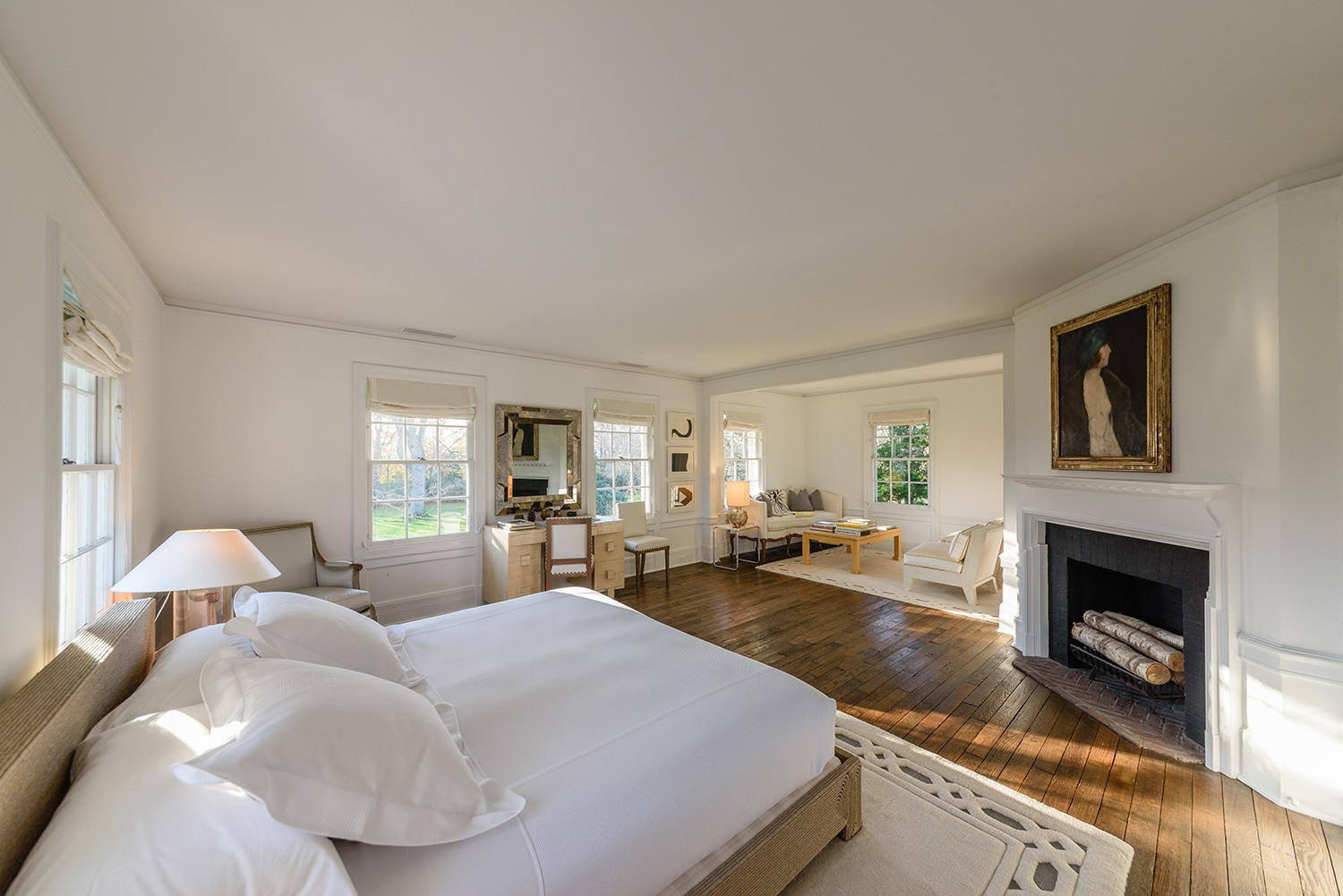 Jacqueline-Kennedy-Onassis-summer-estate-121-Further-Lane-master-room
