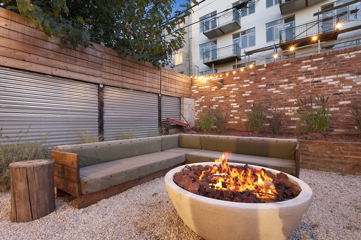 550 grand street, compass, williamsburg, condo, fire pit