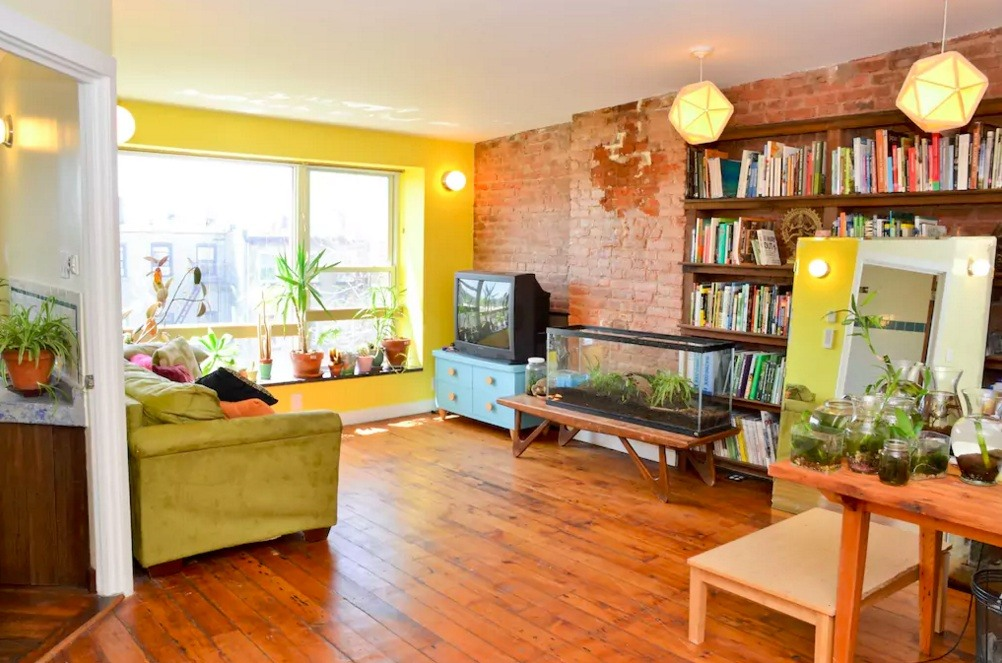 Brooklyn 39 eco triplex 39 with natural swimming pool and for Living room brooklyn
